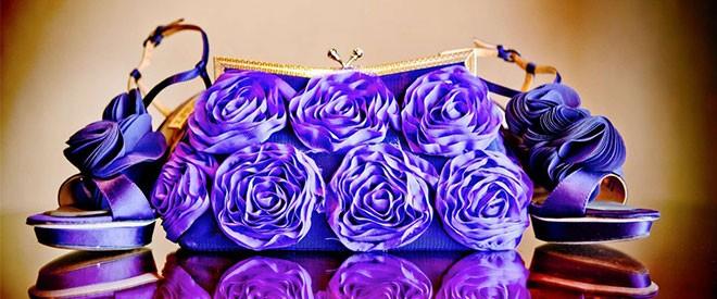 لون حقيبة  العروس
