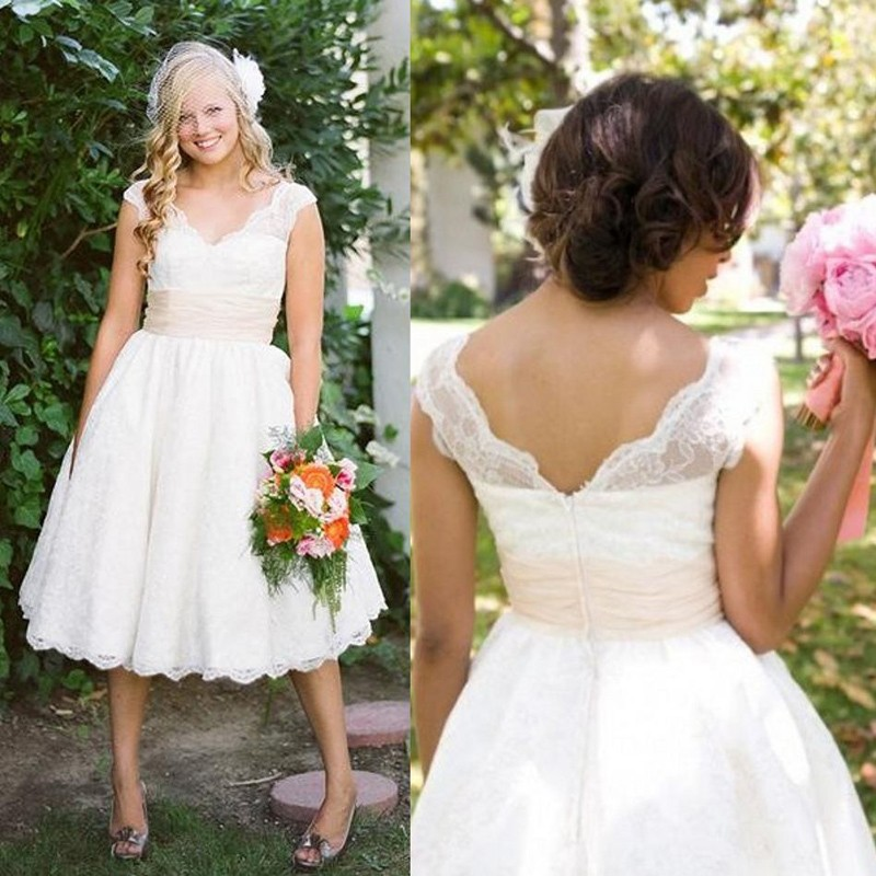 فساتين الزفاف القصيرة