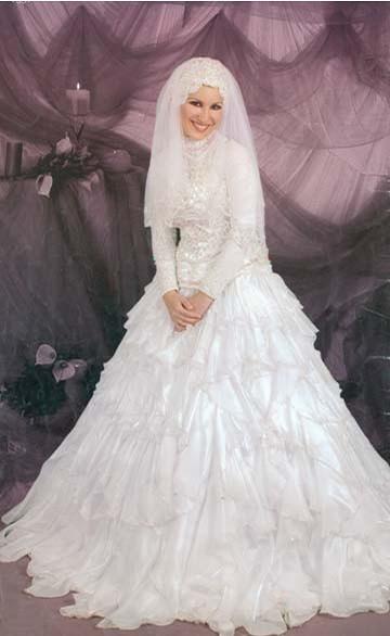 طرحة العروس المحجبة