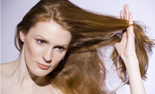 أبسط طرق لعلاج الشعر التالف