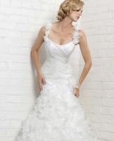 تألقي بفستان العروس البسيط