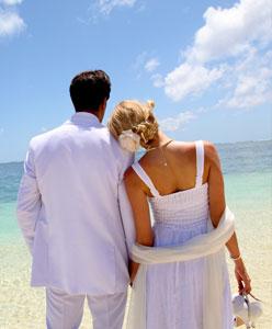 أفكار رومانسية مميزة لرحلة شهر العسل