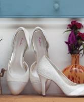 أمور لابد من مراعاتها عند اختيار حذاء الزفاف