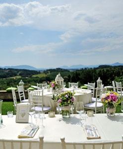 أربع نصائح لاقامة حفل زفاف في الهواء الطلق