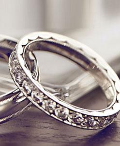 اختاري خاتم زواجك بعناية