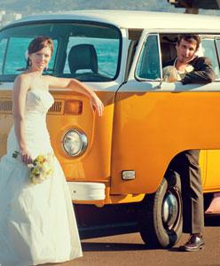 أبهري مدعوينك باختيار سيارة زفاف مميزة