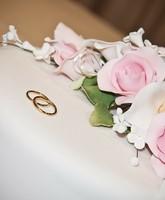 اختاري كيكات زواج مميزة عبر زفاف.نت