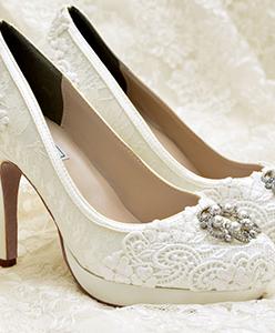 صرعات أحذية الزفاف لعروس 2015