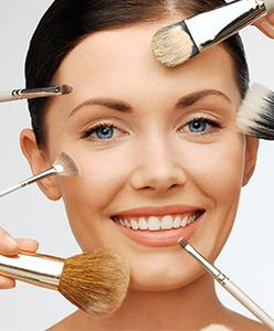 نصائح لوضع كريم الأساس على بشرتك