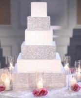 زيني كعكة زفافك بالكريستال