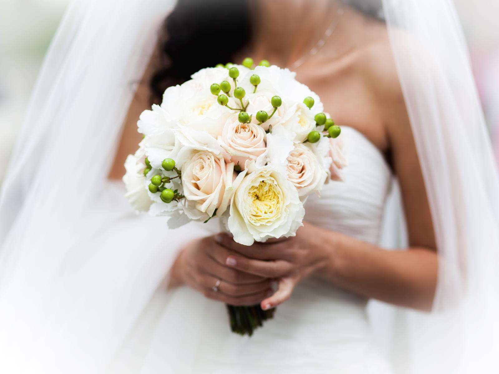 معايير اختيار باقة الورود المناسبة للعروس