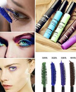 استخدمي  الماسكرا الملونة وفق لون عينيك