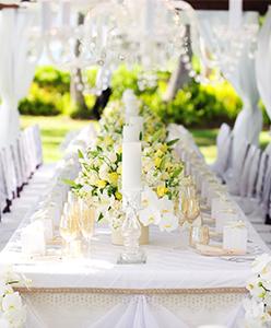 اجعلي الشموع زينة حفل زفافك