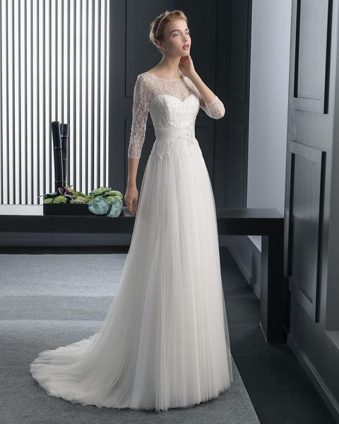 e080f7d59 فساتين زفاف باكمام طويله ناعمه روزا كلارا